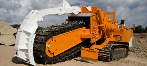 Crawler chain trenchers
